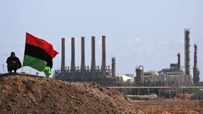 Λιβύη: Συνεχίζει τις οικονομικές πιέσεις ο Haftar - Εχει κλείσει τις πετρελαιοπηγές και τα λιμάνια της χώρας