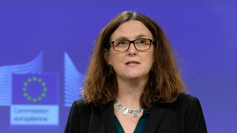 Regling (ESM): Οι συζητήσεις με την Ελλάδα δεν είναι εύκολες, όμως καταγράφεται πρόοδος