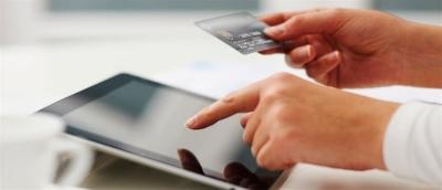 ΑΑΔΕ: Αλλαγές στον ΦΠΑ για μικροδέματα μέσω διαδικτύου