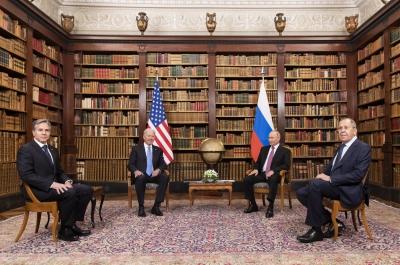 «Παγωμένα» χαμόγελα στη συνάντηση Biden - Putin - Συμφωνία για επιστροφή πρεσβευτών - Νέες συνομιλίες για τα πυρηνικά