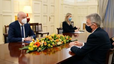 Συνάντηση Δένδια - Pyatt (Πρέσβης ΗΠΑ): Στο επίκεντρο των συνομιλιών η ελληνοαμερικανική στρατηγική συνεργασία