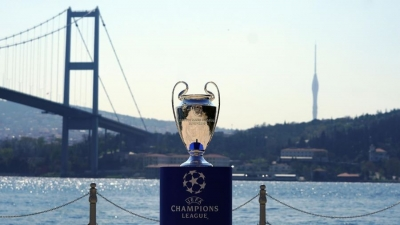 Πίεση και από τον Μπόρις Τζόνσον στην UEFA για άλλη έδρα του τελικού του Champions league!