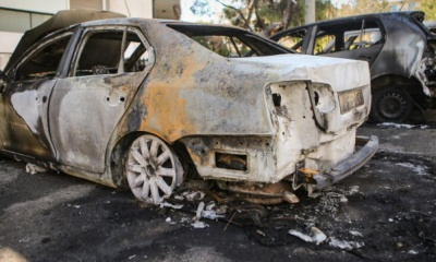 Νέες εμπρηστικές επιθέσεις – Κάηκαν ολοσχερώς δύο αυτοκίνητα στην Πετρούπολη