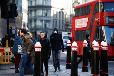 Βρετανία: Νέο επίδομα 500 λιρών σε πολίτες που παραμένουν σε καραντίνα
