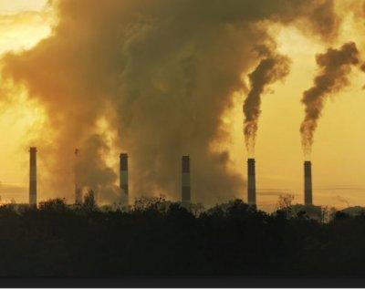 Σε υψηλά 4 ετών οι εκπομπές διοξειδίου του άνθρακα παγκοσμίως - Υπό πιέσεις η συμφωνία του Παρισιού για το κλίμα