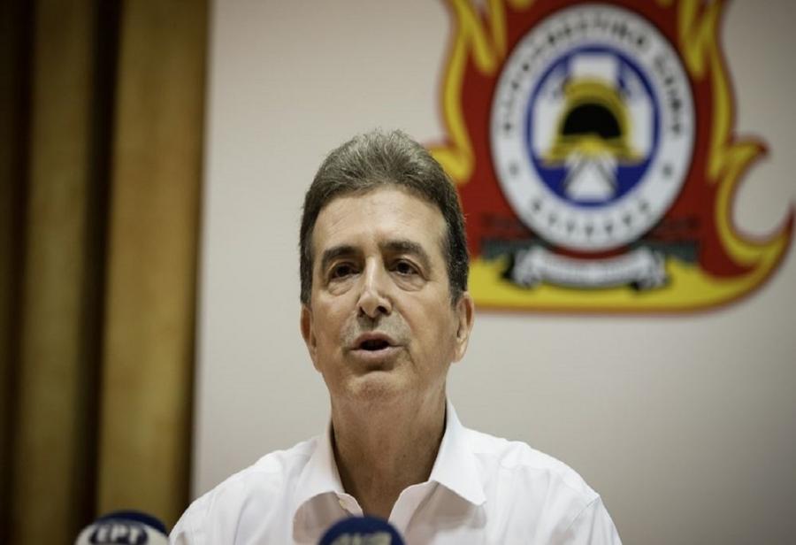 Χρυσοχοΐδης: Εξαιρετικά δύσκολο να ελεγχθεί η πυρκαγιά στην Αχαΐα – Αντίξοες οι συνθήκες