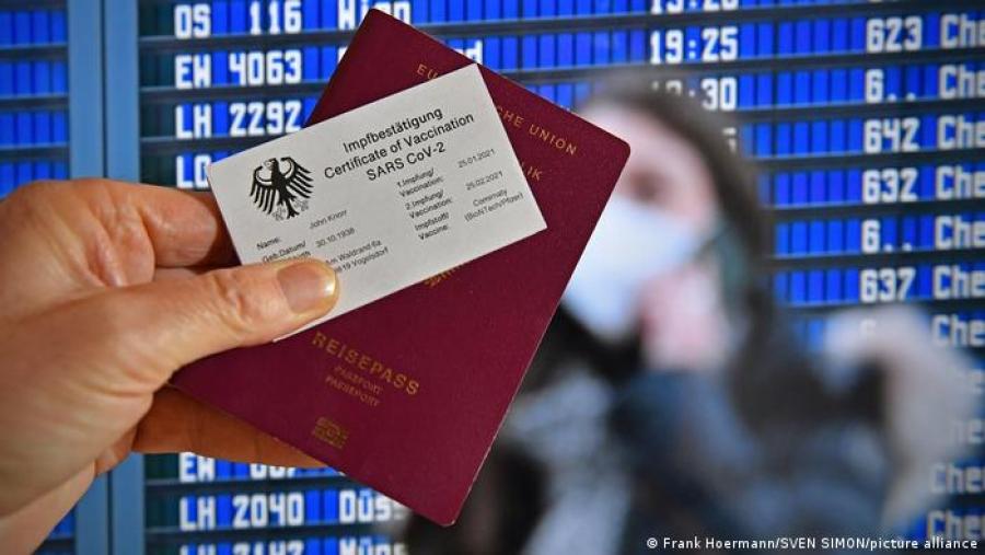Ε.Ε.: Καταρχήν συμφωνία για την έκδοση ταξιδιωτικών πιστοποιητικών Covid
