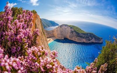 Έξι ελληνικά νησιά στα 10 καλύτερα της Ευρώπης