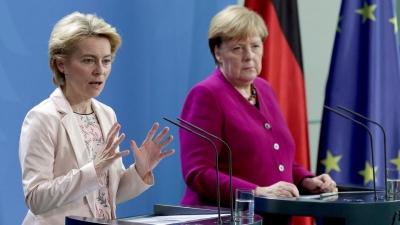 Von der Leyen και Merkel θέλουν επικαιροποίηση της συμφωνίας ΕΕ-Τουρκίας για το Μεταναστευτικό