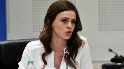 Αχτσιόγλου (ΣΥΡΙΖΑ): Τα μέτρα για τις φοροαπαλλαγές δεν αφορούν τους μικρομεσαίους