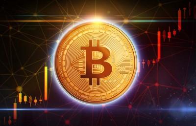 Το Bitcoin σπάει τα ρεκόρ έφθασε στα 35.700 δολ – Πιθανές πωλήσεις στα 45.000 δολ – Η J P Morgan βλέπει 100.000 δολ.