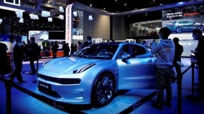 Κίνα: Ομοβροντία νέων μοντέλων για να αμφισβητήσουν την κυριαρχία της Tesla στα ηλεκτροκίνητα ΙΧ