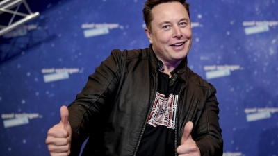 Elon Musk: Ο πρώτος άνθρωπος με περιουσία 300 δις. δολ. - Κατά 100 δις. δολ. πλουσιότερος από τον Bezos