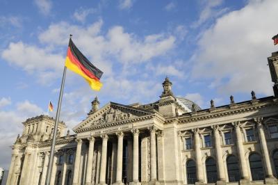 Γερμανία: Ανοίγει ο δρόμος για σχηματισμό κυβέρνησης «φωτεινού σηματοδότη»