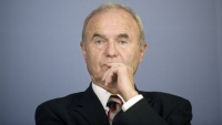Issing: Ωρολογιακή βόμβα η Ευρωζώνη, αργά ή γρήγορα θα εκραγεί - Σε κατήφορο η ΕΚΤ