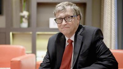 Πώς ο Bill Gates βοήθησε τις φαρμακευτικές να διατηρήσουν το μονοπώλιο τους στο εμβόλιο κατά του Covid - 19
