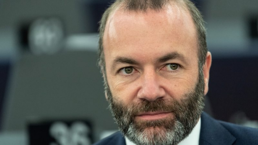 Weber (ΕΛΚ): Η ΕΕ πρέπει να τιμωρήσει τον Putin για τις χιλιάδες συλλήψεις στη Ρωσία