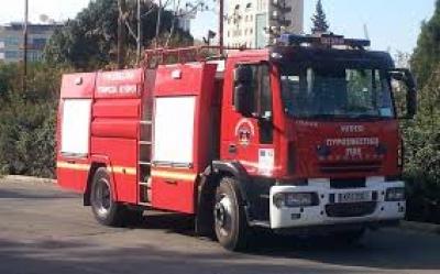 Υπό μερικό έλεγχο τέθηκε η πυρκαγιά στον οικισμό Ρομά «Αγία Σοφία» στη Θεσσαλονίκη