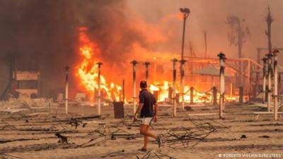 «Φλέγεται» ο ιταλικός Νότος - Καύσωνας 50 βαθμών κελσίου και πυρκαγιές