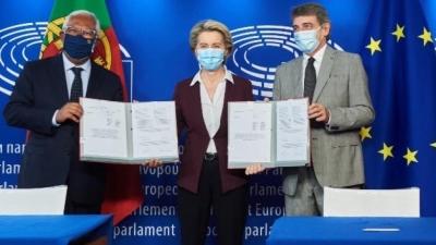 ΕΕ: Υπεγράφη ο κανονισμός για το ευρωπαϊκό ψηφιακό πιστοποιητικό Covid