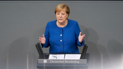 Merkel: Προς αυστηρότερο lockdown - Τα εμβόλια δεν θα αλλάξουν άμεσα την πορεία της επιδημίας