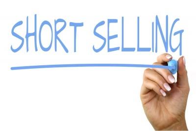 Επανέρχονται οι ανοικτές πωλήσεις (short selling) στο χρηματιστήριο από 19 Μαΐου και ο κίνδυνος για reverse split στις τράπεζες