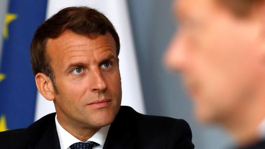 Επίθεση Macron στους διαδηλωτές για τα εμβόλια: Δεν είναι ελεύθεροι, είναι ανεύθυνοι και εγωιστές
