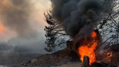 Για την αποκατάσταση των καταστροφών από τις πυρκαγιές θα απαιτηθούν 1,5 με 2 δισ.  – Όχι στα αιολικά πάρκα στα καμένα