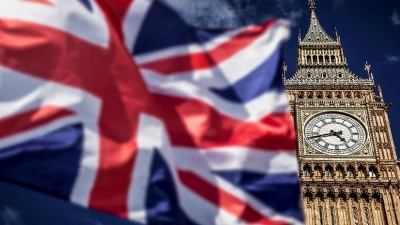 Άμεση αναθεώρηση των ταξιδιωτικών οδηγιών ζητά η τουριστική βιομηχανία της Βρετανίας