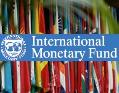 Δύο μέτρα και δύο σταθμά από το ΔΝΤ: Ενώ χάσαμε, εν καιρώ ειρήνης, το 25% του ΑΕΠ, επιμένει ότι πρέπει να κοπούν οι συντάξεις