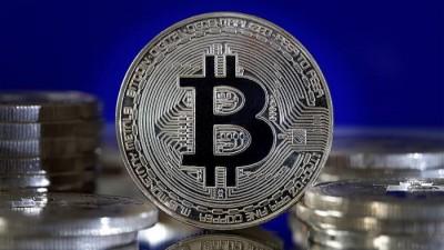 Bitcoin: Έσπασε και το φράγμα των 42.000 δολ. - Κερδοσκοπική παρενέργεια ή νέος χρυσός;