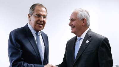 ΗΠΑ: Να συνεχίσουν τις διπλωματικές προσπάθειες στη Β. Κορέα, συμφώνησαν Tillerson και Lavrov