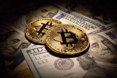 Τα 34.000 δολάρια προσέγγισε το Bitcoin σπάζοντας συνεχή ρεκόρ - Στα 626 δισ η αποτίμηση