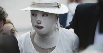 Επίθεση με βιτριόλι - Συγκλονίζει η Ιωάννα: Αισθάνθηκα ότι λιώνω - Κατηγορούμενη: Ξέρεις γιατί έγινε