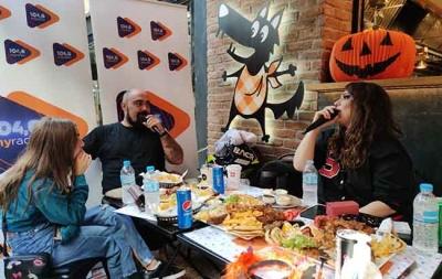 Halloween Party με το  MY RADIO 104.6 στο The BIG BAD WOLF Χαλανδρίου