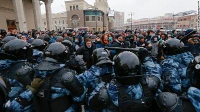 Ρωσία: Πάνω από 4.800 συλλήψεις στις διαδηλώσεις υπέρ του Navalny