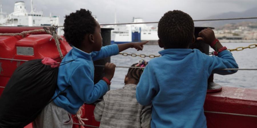 Η Γερμανία παρέχει υλικοτεχνική βοήθεια για πρόσφυγες και μετανάστες στην Ελλάδα, ύψους 1,56 εκατ. ευρώ