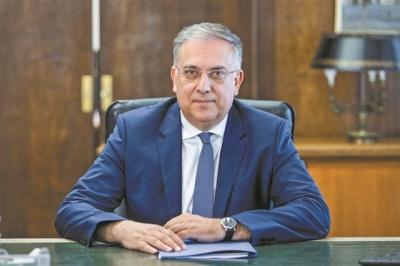 Θεοδωρικάκος: Την Τετάρτη (13/5) η ρύθμιση για επέκταση των χώρων που θα καλύπτονται με τραπεζοκαθίσματα