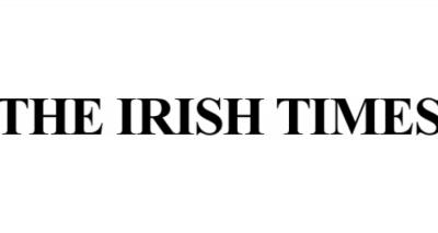 Irish Times: Η Ελλάδα προετοιμάζεται να βγει από τα μνημόνια, αλλά το χρέος παραμένει ημιπολύτιμος λίθος