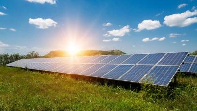 Φωτοβολταϊκά δίπλα στις βιομηχανίες - Νέες δυνατότητες για τις κορεσμένες Κρήτη και Κυκλάδες