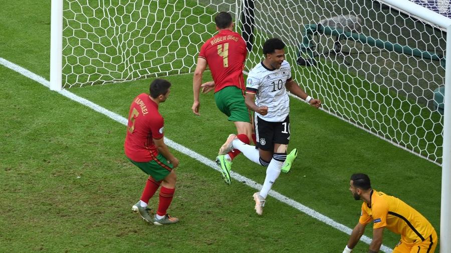 Πορτογαλία - Γερμανία 1-2: Διπλό αυτογκόλ και απίστευτη ανατροπή από τα «πάντσερ»! (video)