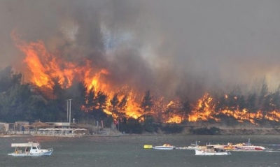 Σκηνές αποκάλυψης με 60 πυρκαγιές να μαίνονται στην Τουρκία