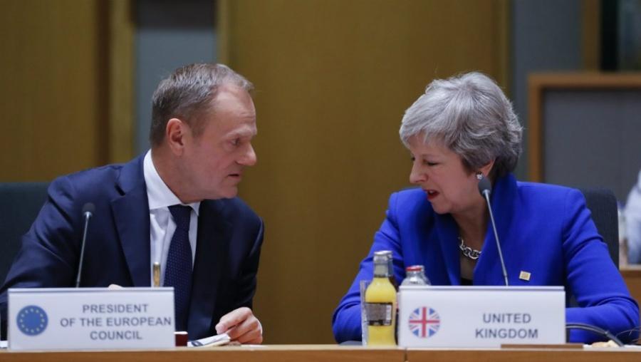 Διπλό τελεσίγραφο στη May από την ΕΕ για το Brexit - Tusk: Όλα ανοικτά έως τις 12/4, ακόμη και η ανάκληση του άρθρου 50