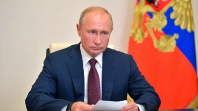 Ο Putin υπέγραψε νόμο για τη μείωση των εκπομπών αερίου που προκαλούν το φαινόμενο του θερμοκηπίου