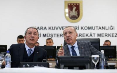 Akar (Τούρκος υπουργός Άμυνας): Η Ελλάδα με τις Navtex μας παρενοχλεί