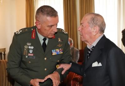 Με στρατιωτικές τιμές η κηδεία του ευεργέτη – εφοπλιστή Ιάκωβου Τσούνη