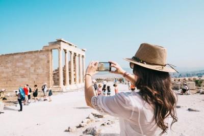 Διεθνής Τύπος: Η Ελλάδα επανεκκινεί τον τουρισμό της από τις 15/6 μετά την πανδημία