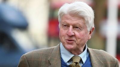 Ο πατέρας του Boris Johnson (ΗΒ) ζήτησε γαλλική υπηκοότητα για να έχει τα οφέλη της ΕΕ