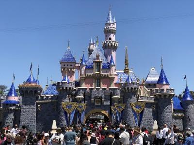 Κορωνοϊός: Σφραγίζονται τα πάρκα Disneyland και California Adventure της Walt Disney