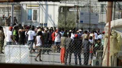 Ολοκληρώθηκε η μετακίνηση 795 αιτούντων άσυλο από τη Μυτιλήνη